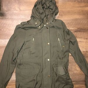 Army Green Light-Weight Jacket
